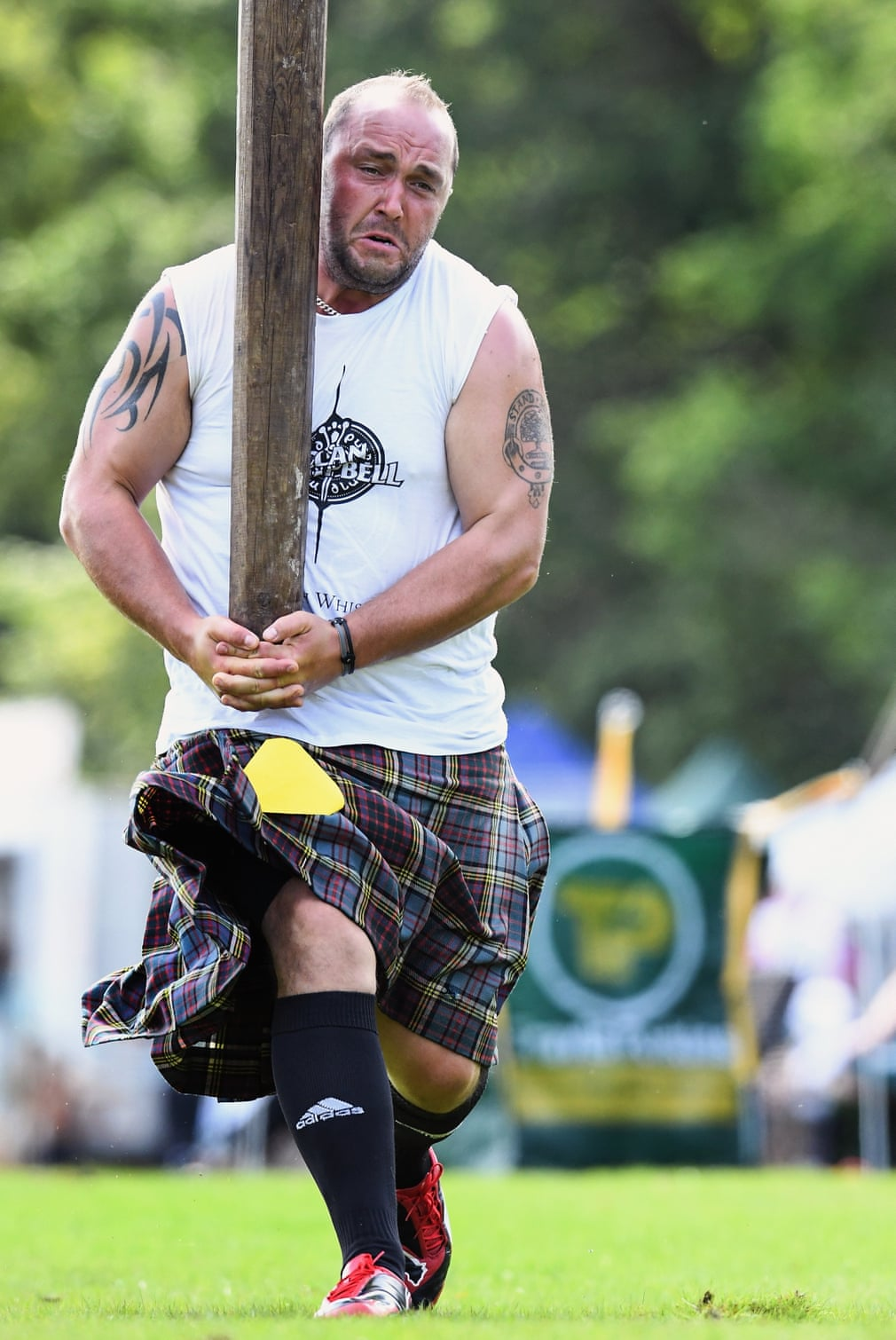 You could do cabor tossing during a mini Highland games at Burmieston